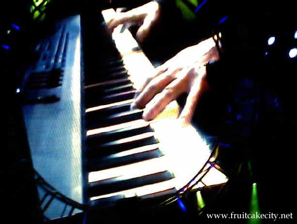 billy joel playing piano - photo #21